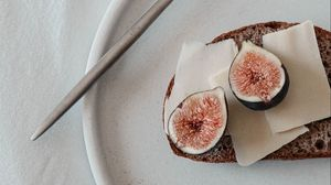 Preview wallpaper sandwich, fig, fruit, slices