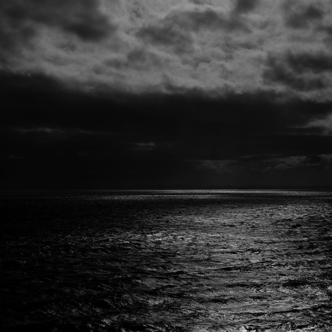 1280x1280 Wallpaper sea, horizon, bw, overcast, clouds, ripples