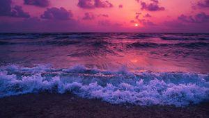 Preview wallpaper sea, sunset, horizon, surf, foam, clouds