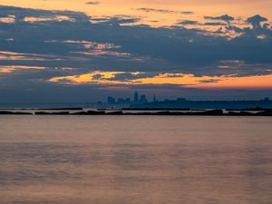 Preview wallpaper sea, water, clouds, horizon, twilight, landscape