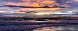 Preview wallpaper sea, waves, clouds, sunset, landscape