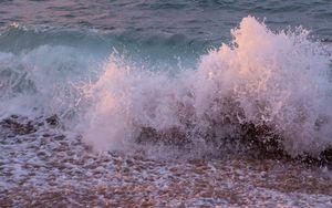 Preview wallpaper sea, waves, spray, water, splash, shore