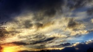 Preview wallpaper shadow, sky, clouds, evening, sunset, twilight