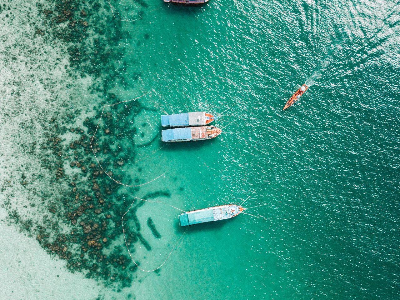 1280x960 Wallpaper shore, boats, sandbar, ocean, moored, aerial view