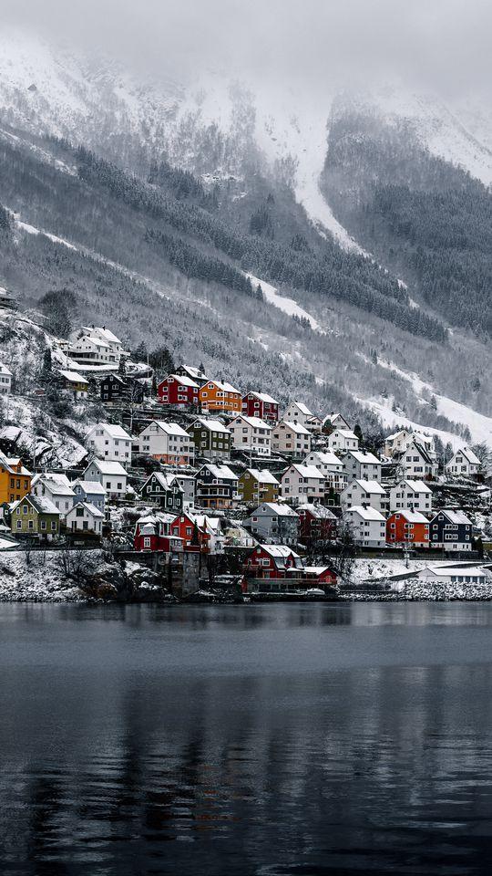 540x960 Wallpaper shore, house, water, lake, peak