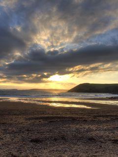 240x320 Wallpaper shore, water, sunset, landscape