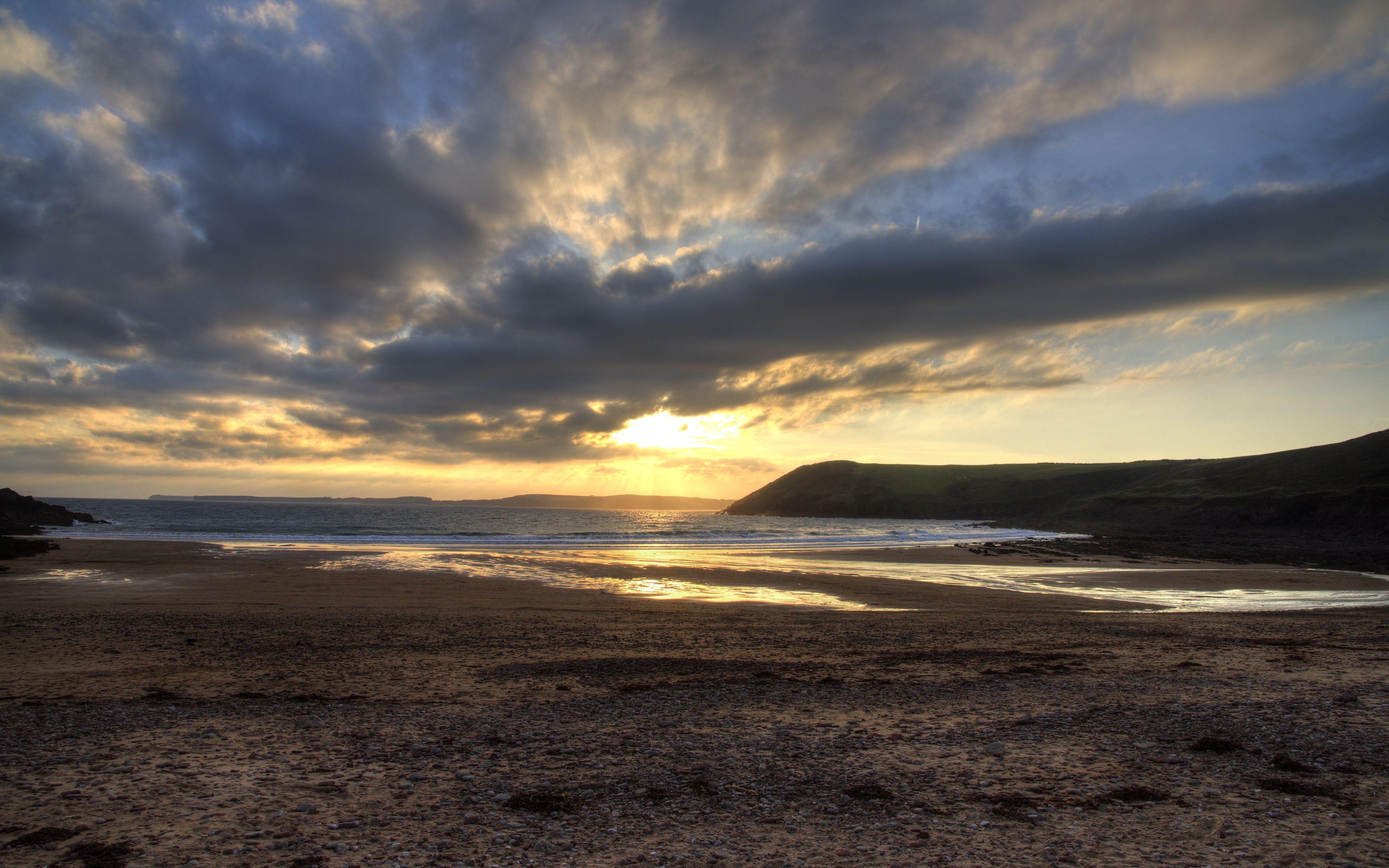 3840x2400 Wallpaper shore, water, sunset, landscape