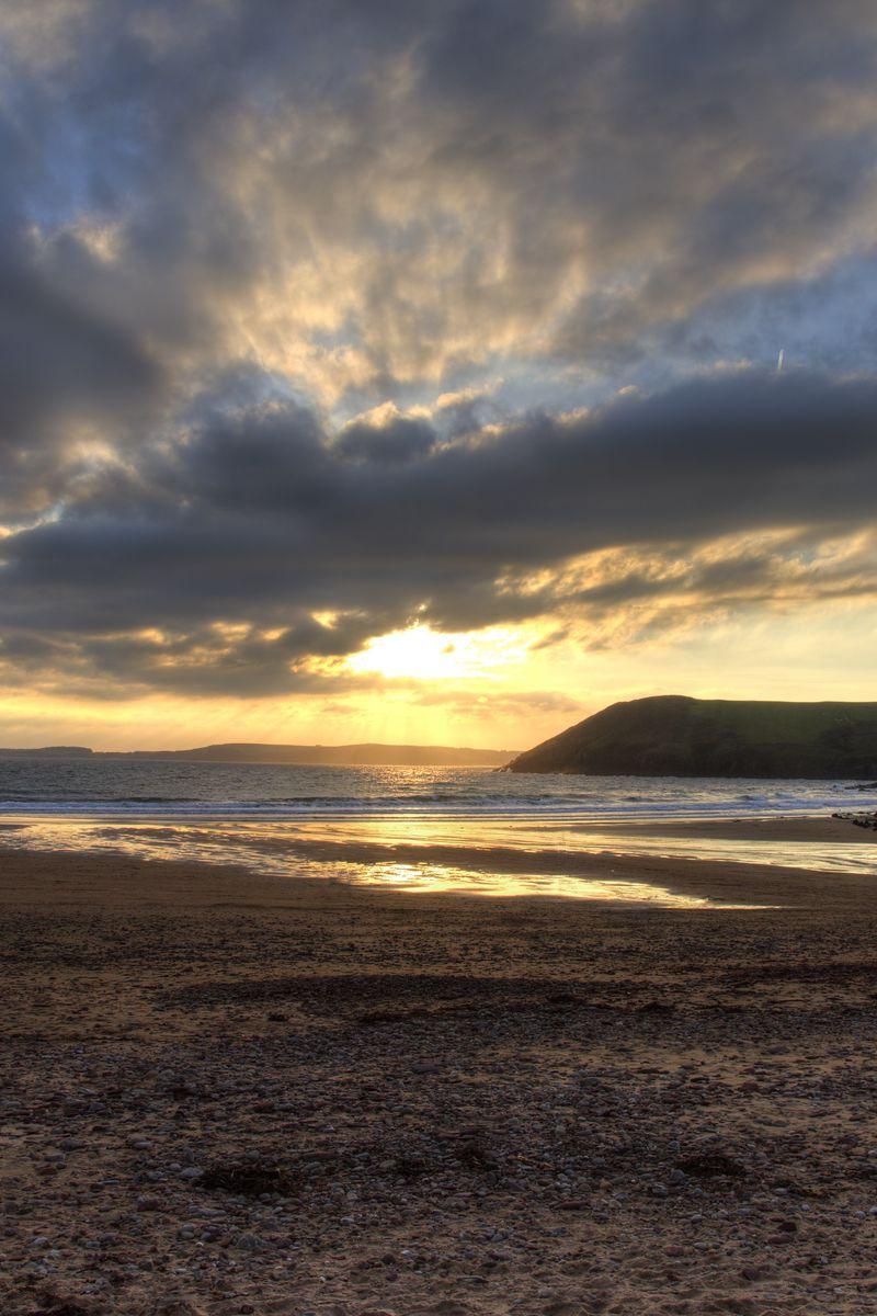 800x1200 Wallpaper shore, water, sunset, landscape