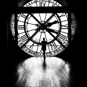 Preview wallpaper silhouette, clock, light, black and white, black