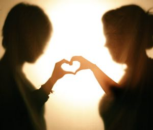 Preview wallpaper silhouettes, hands, heart, love, dark