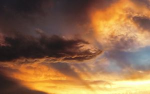 Preview wallpaper sky, clouds, rays, sunset