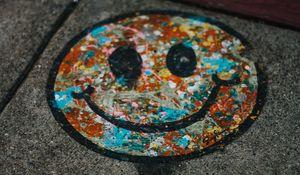 Preview wallpaper smile, colorful, asphalt, paint, graffiti