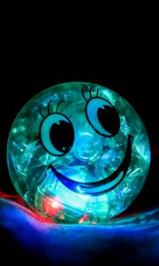 Preview wallpaper smile, happiness, ball, backlight