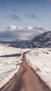 Preview wallpaper snow, mountains, road, turn