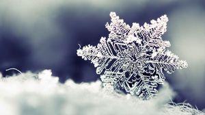 Preview wallpaper snow, snowflake, winter