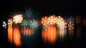 Preview wallpaper snowflake, macro, glare, blurred