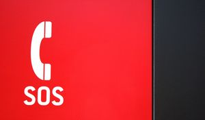 Preview wallpaper sos, word, alarm, call, red