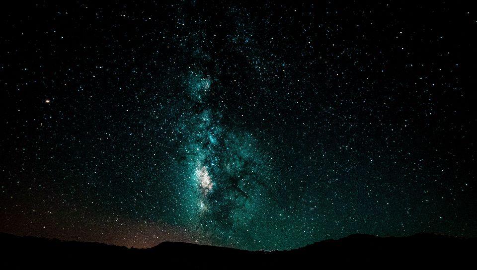960x544 Wallpaper starry sky, milky way, night, shining, galaxy
