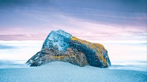 Preview wallpaper stone, rock, snow, moss