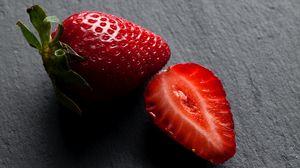 Preview wallpaper strawberries, berries, fresh, juicy, ripe
