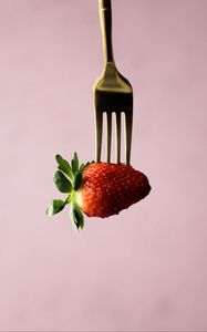Preview wallpaper strawberry, berry, fork