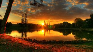 Preview wallpaper sun, decline, lake, evening, patches of light, romanticism