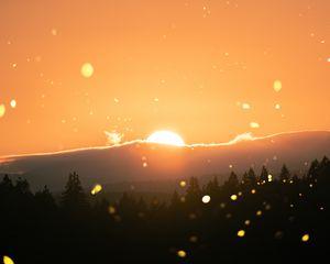 Preview wallpaper sun, flare, sunlight, sunset, landscape