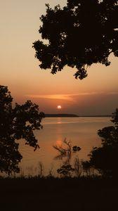 Preview wallpaper sun, sunset, sea, trees, silhouettes, dark