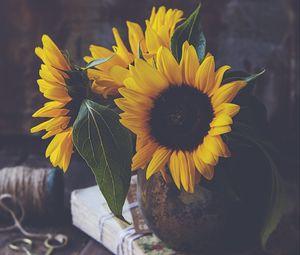 Preview wallpaper sunflowers, flowers, petals, vase, yellow, aesthetics