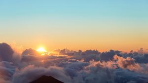 Preview wallpaper sunrise, sun, clouds, sky, height