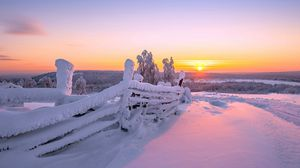 Preview wallpaper sunset, winter, fence, landscape
