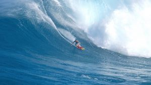 Preview wallpaper surfing, guy, board, wave, hawaii