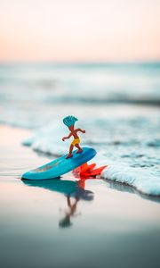 Preview wallpaper surfing, server, toy, beach, sea