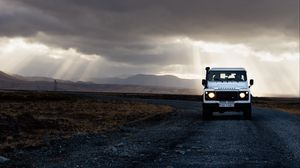 Preview wallpaper suv, road, evening, sky