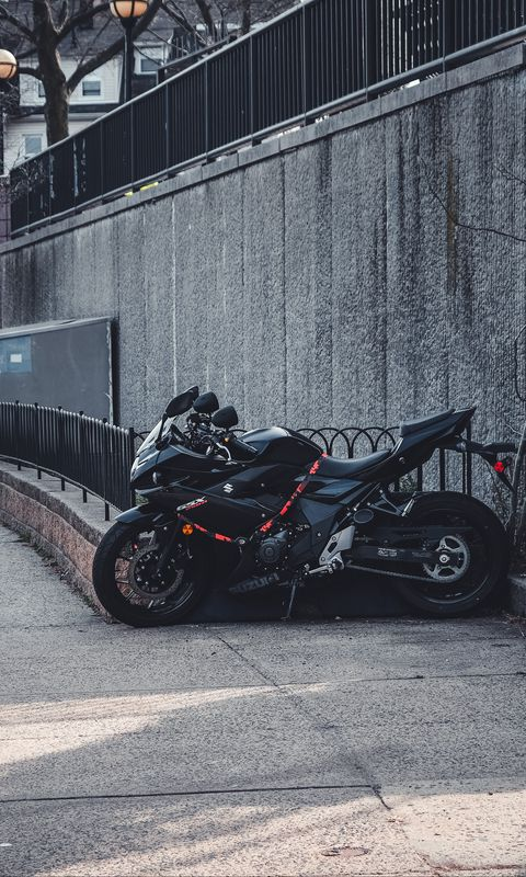 480x800 Wallpaper suzuki, motorcycle, bike, black, parking