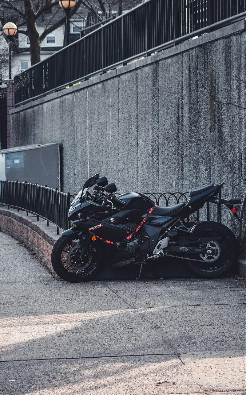 800x1280 Wallpaper suzuki, motorcycle, bike, black, parking