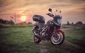 Preview wallpaper suzuki, motorcycle, bike, black, field, sunset, moto