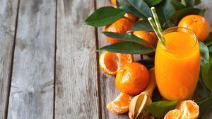 Preview wallpaper tangerines, fresh, glass, fruit