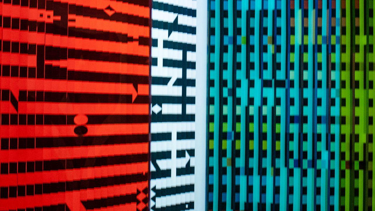 【壁纸桌面】墙纸、瓷砖、条纹、变形、彩色、玻璃高清壁纸免费下载