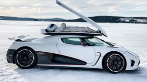 Preview wallpaper top gear, koenigsegg, agera r, the stig, some say