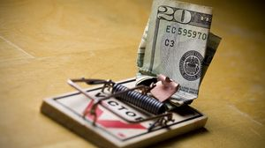 Preview wallpaper trap, bill, dollar, mousetrap