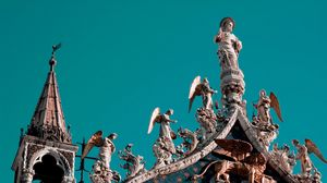 Preview wallpaper venice, statues, roof, architecture, angels, heaven