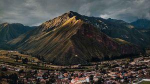 Preview wallpaper village, mountains, peru