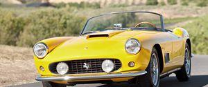 Preview wallpaper vintage, ferrari, convertible, yellow