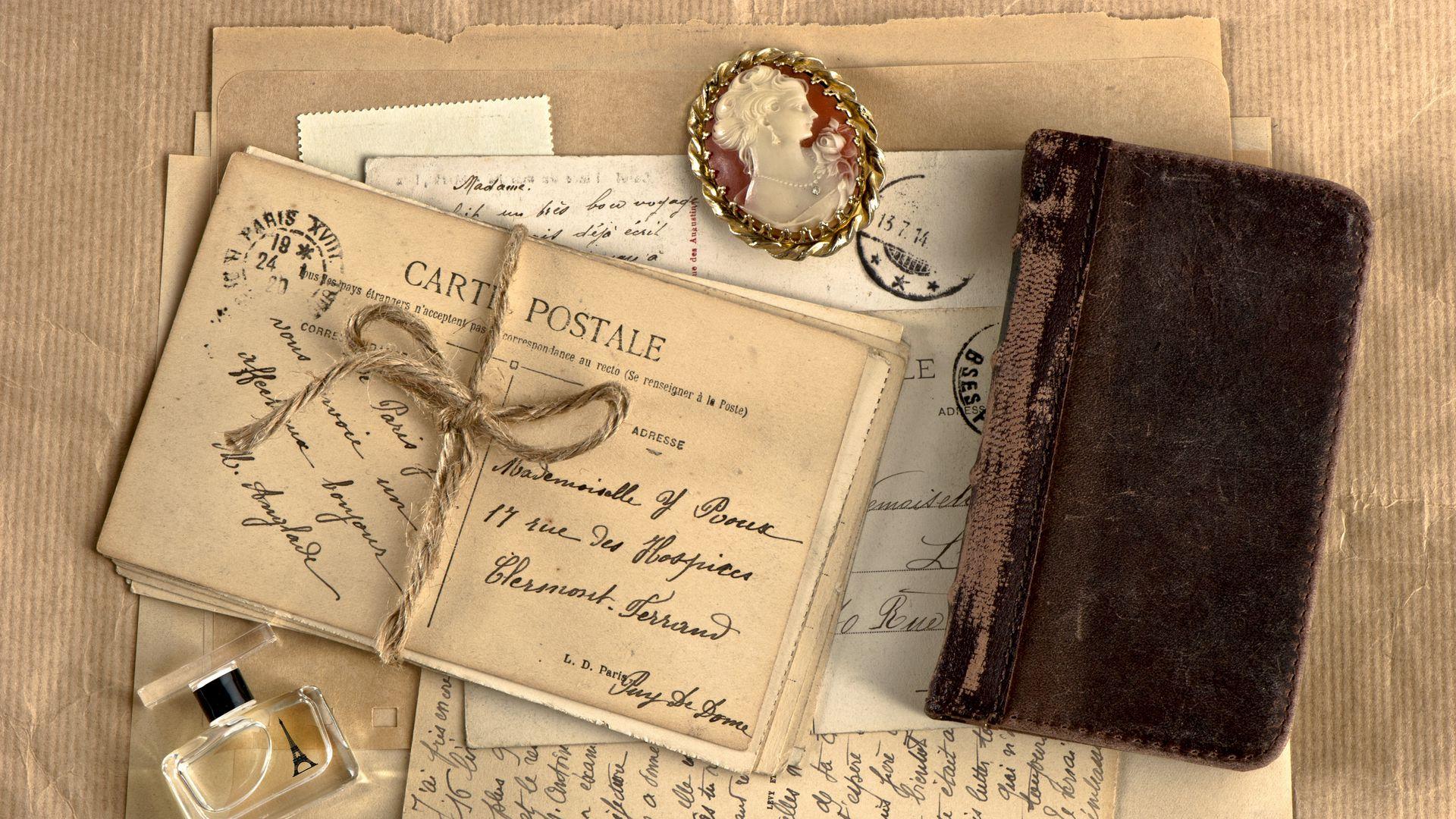 1920x1080 Wallpaper vintage, notebook, locket, perfume, writing, retro