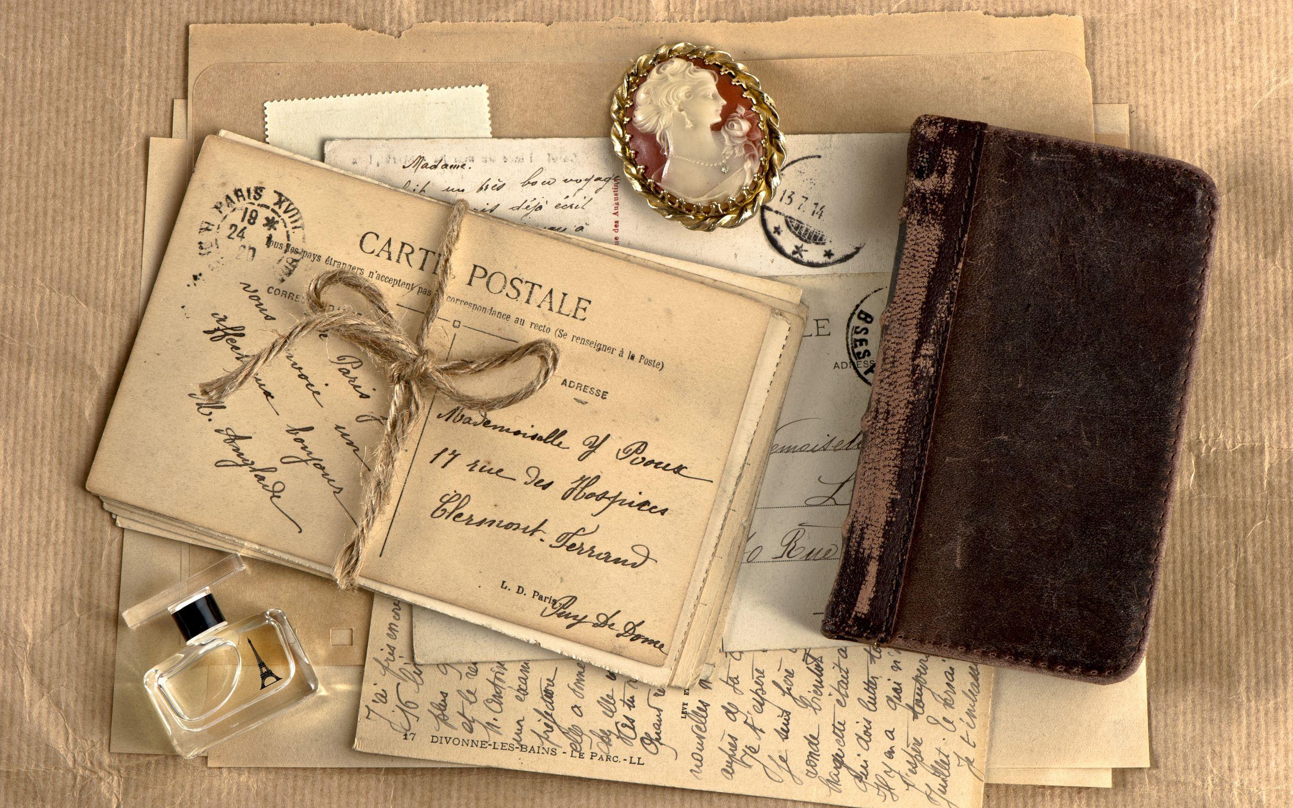 2560x1600 Wallpaper vintage, notebook, locket, perfume, writing, retro