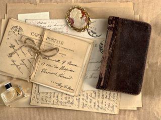 320x240 Wallpaper vintage, notebook, locket, perfume, writing, retro