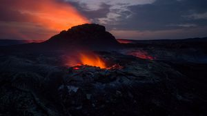 Preview wallpaper volcano, crater, hot, magma, fire
