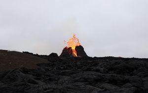 Preview wallpaper volcano, lava, eruption, hot, spray