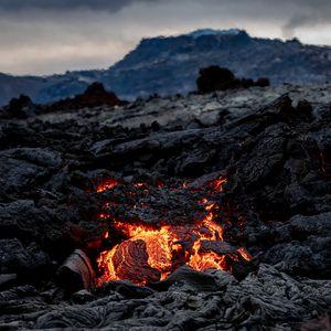 Preview wallpaper volcano, lava, hot, nature